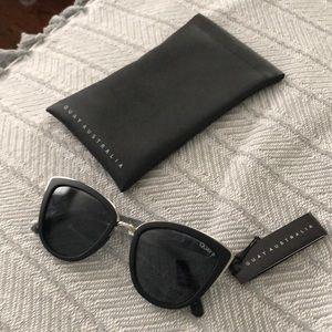 NWT Quay Australia sunglasses black